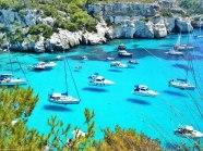 barcos-flotando-en-menorca
