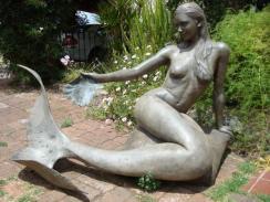 1328636720_311869779_1-esculturas-sirena-independencia2